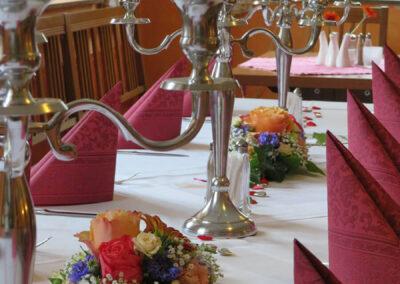Festliche Tafel für Ihre Familienfeier in Aiterhofen bei Straubing