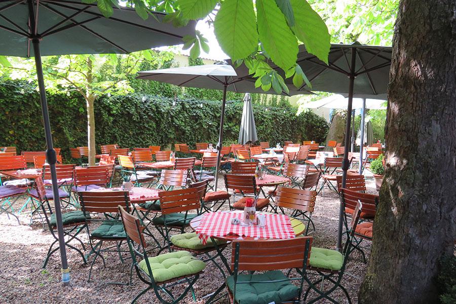 Gaststube in Aiterhofen bei Straubing